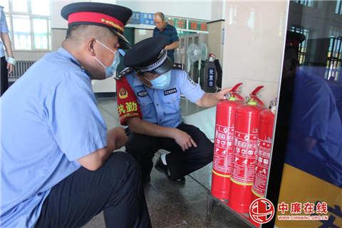 牡铁公安深入铁路单位开展消防安全检查